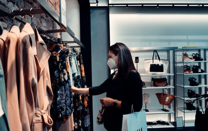 women clothes shopping post-pandemic